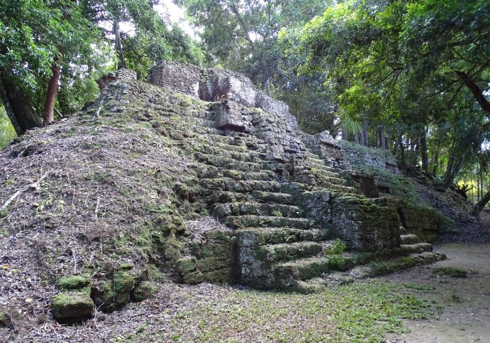 Tikal Observatorios Astronomicos ciudad Maya Guatemala 07