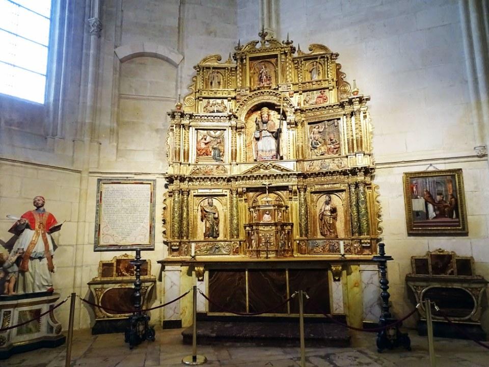 Catedral de Burgos Capilla de San Gregorio Retablo barroco en la Capilla de San Gregorio