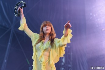 13_Florence-The-Machine-07