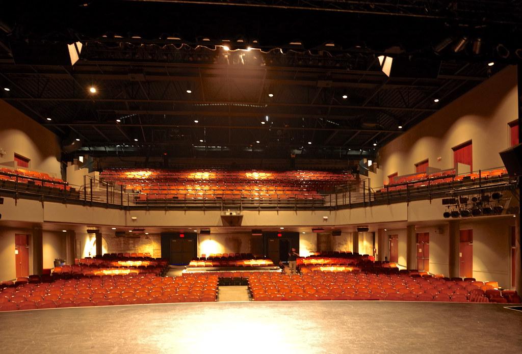 Adgz1315 Charleston Music Hall Back To This Fabulous