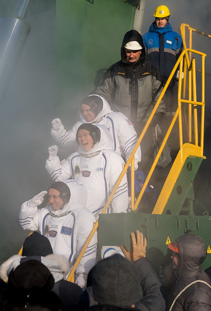 Expedition 54 Preflight (NHQ201712170076)