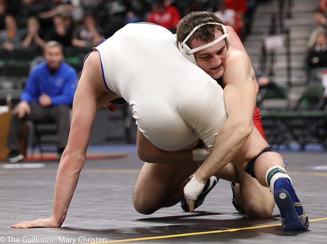 1st Place Match - Bobby Striggow (Orono) 47-0 won by decision over Saylor Schmit (Foley) 26-2 (Dec 9-2). 180303CMC7302