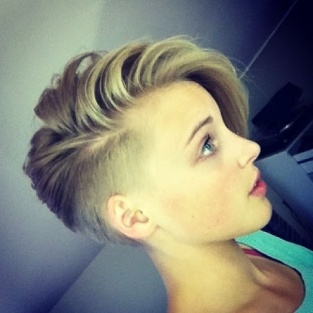 short hairstyles for women with shaved side the most simpl