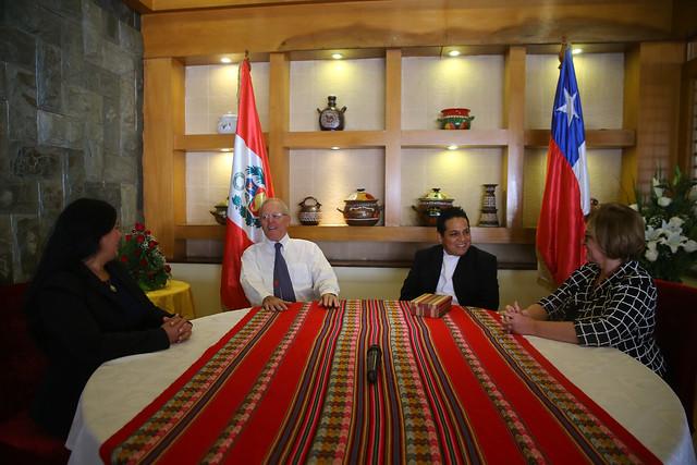 Presidente Kuczynski realiza una visita a emprendedor peruano exitoso, propietario del Cántaro de Oro en Santiago de Chile