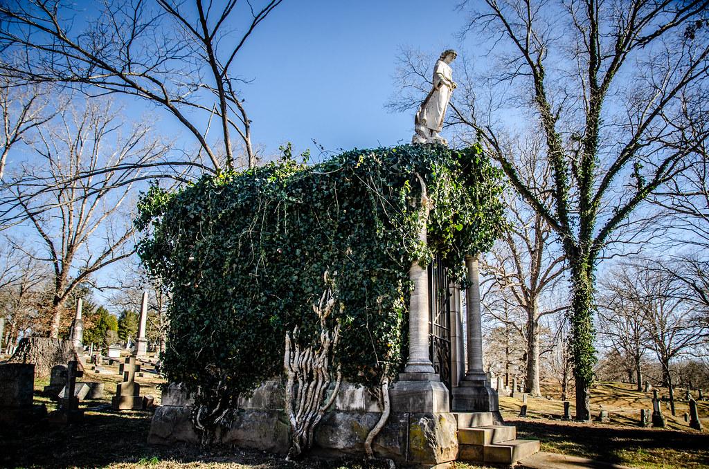 McElveen Family Mausoleum-007