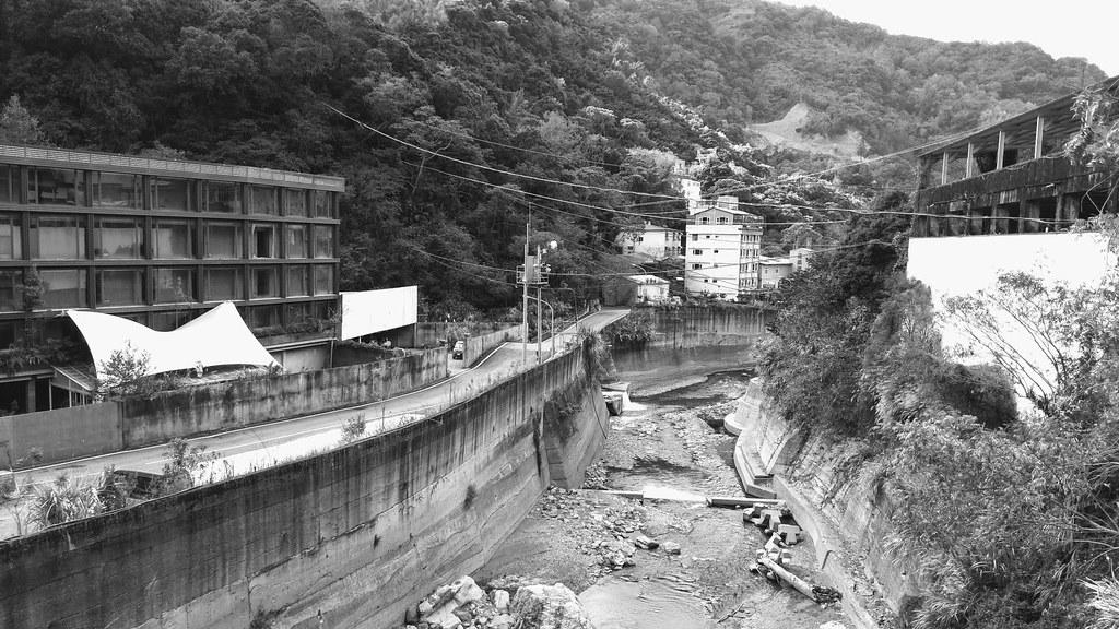 廬山溫泉 | 臺灣南投県。水害で大きな被害を受けて,移転を予定している。もともとマヘボ溫泉と呼ばれ ...