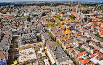 """View of Delft from the """"New Church"""" tower."""