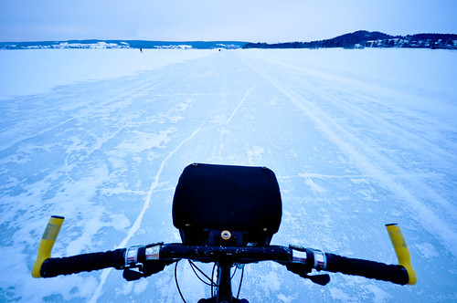 Cycling on Storsjöen