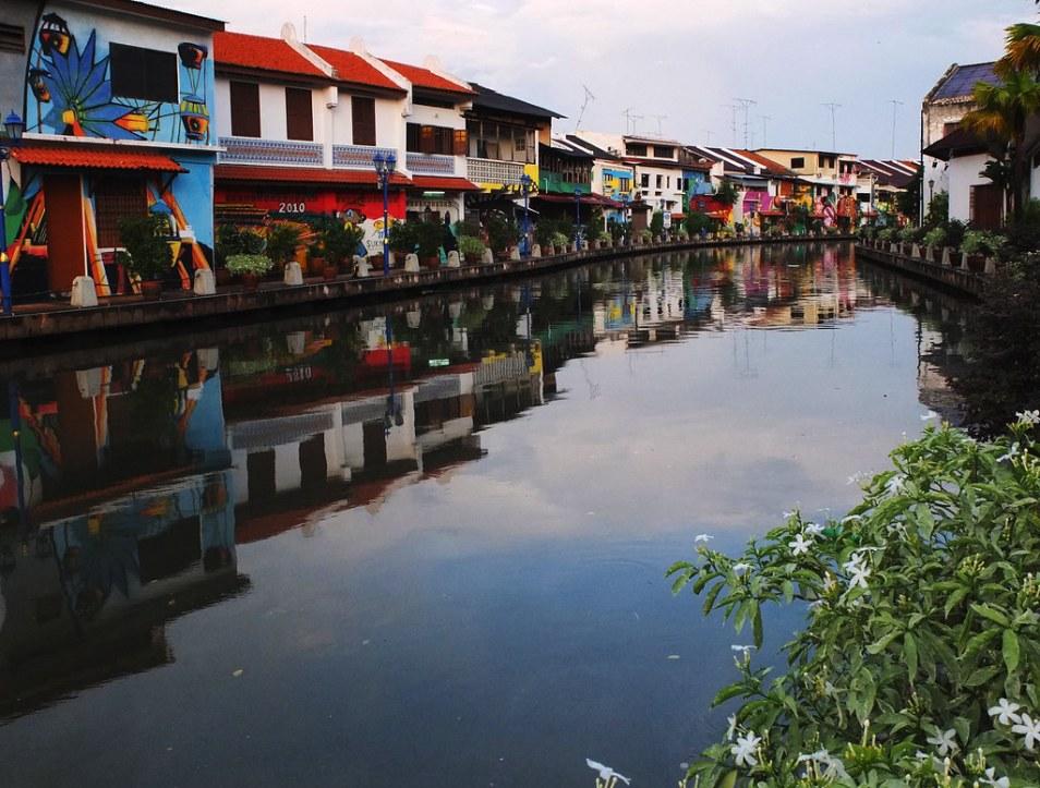 Kết quả hình ảnh cho melaka river
