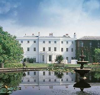 White House & Pond