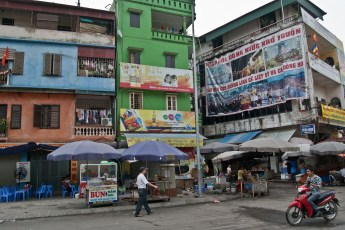 Straßenmarkt Nähe Tay Son 9