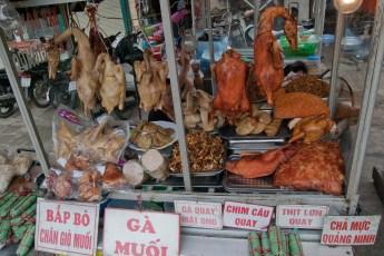 Straßenmarkt Nähe Tay Son 8