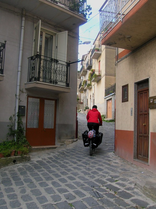 Small street in Santo Stéfano by bryandkeith on flickr