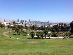 Dolores Park-Painting Workshop in San Francisco organized by www.frenchescapade.com