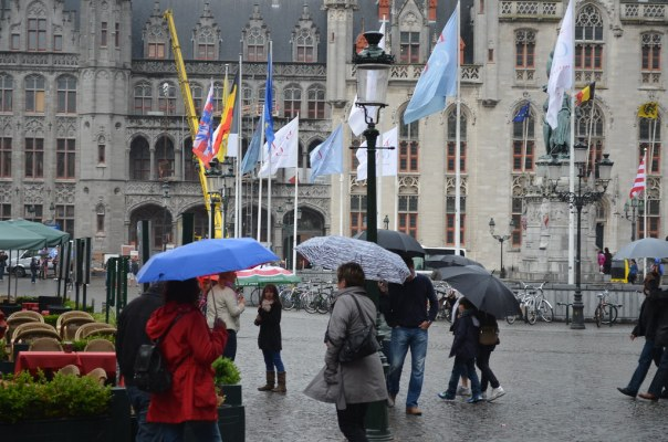 Umbrella crowd