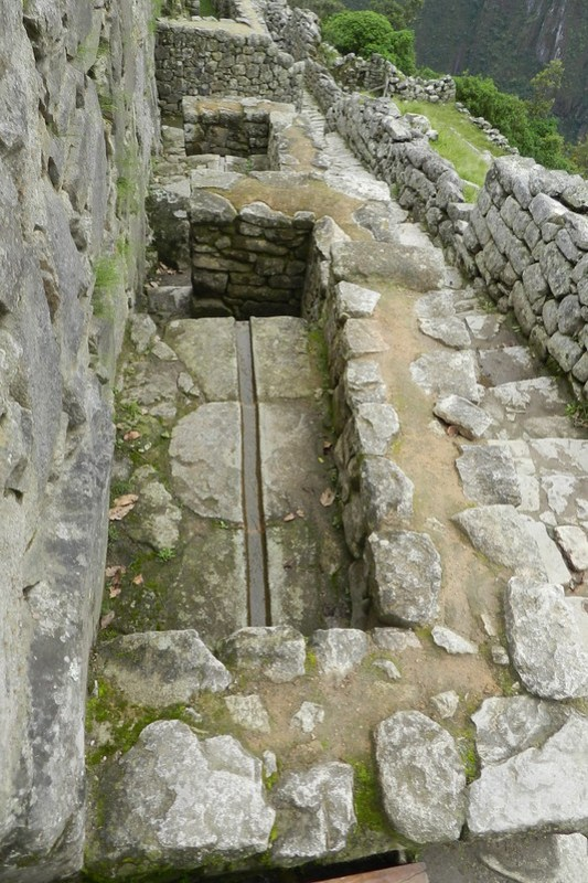 Peru Machu Picchu escalinata de las fuentes 02