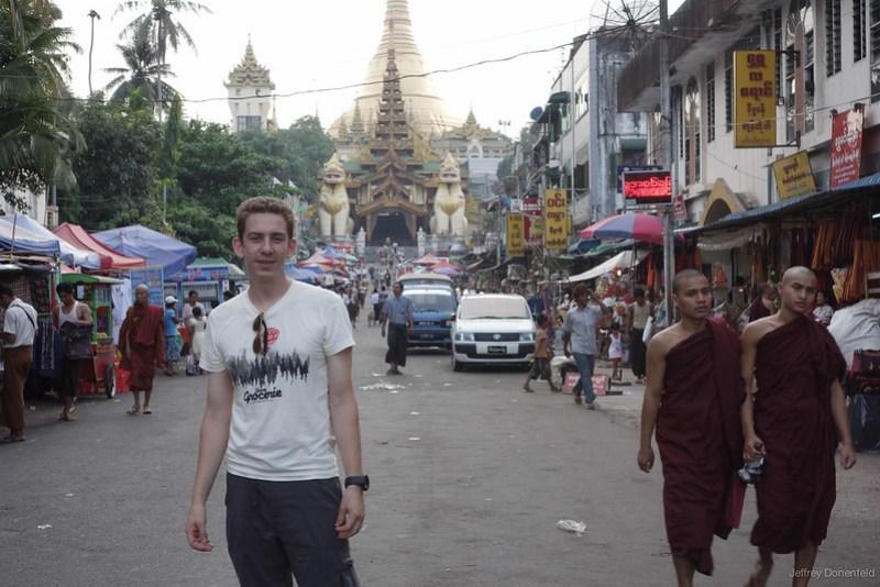 2013-05-05 Yangon - DSC09592-FullWM