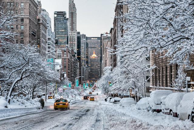 Park Avenue - NY snow day