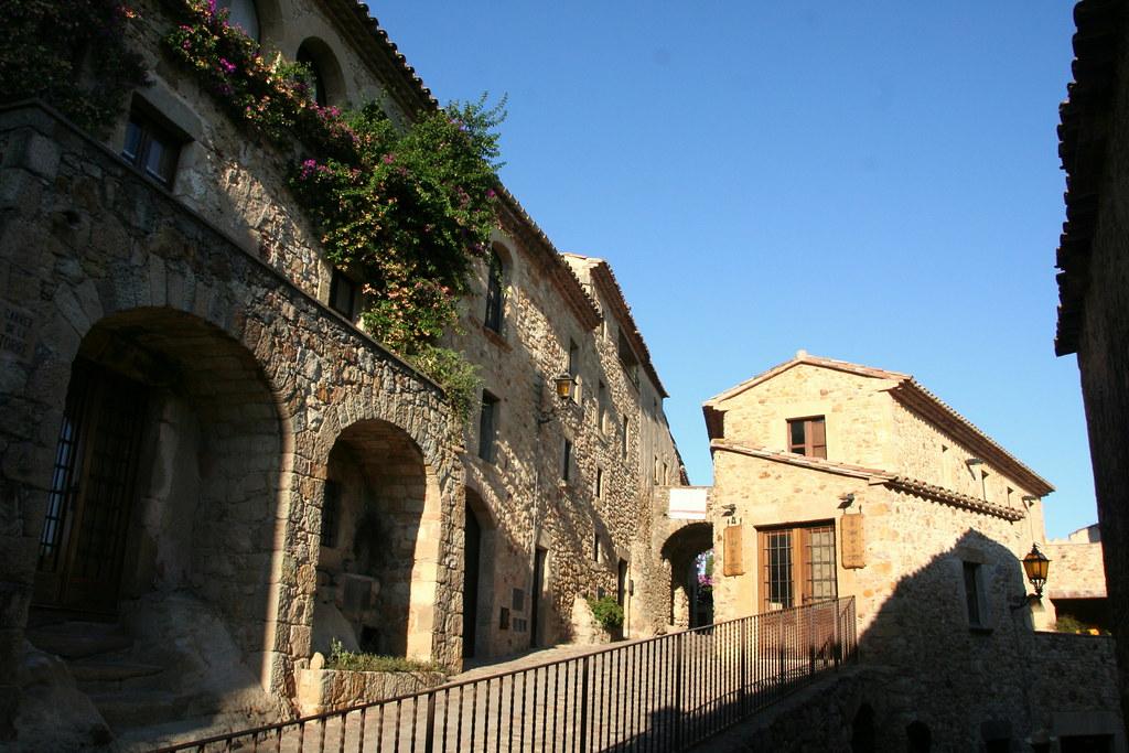 16 Pueblos De Cataluña Atrapados En La Edad Media 2
