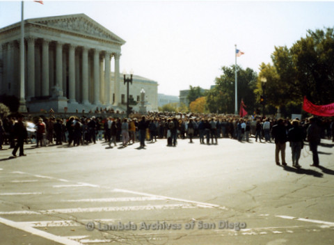 P019.244m.r.t Second March on Washington 1987: Crowd outside of U.S. Supreme Court