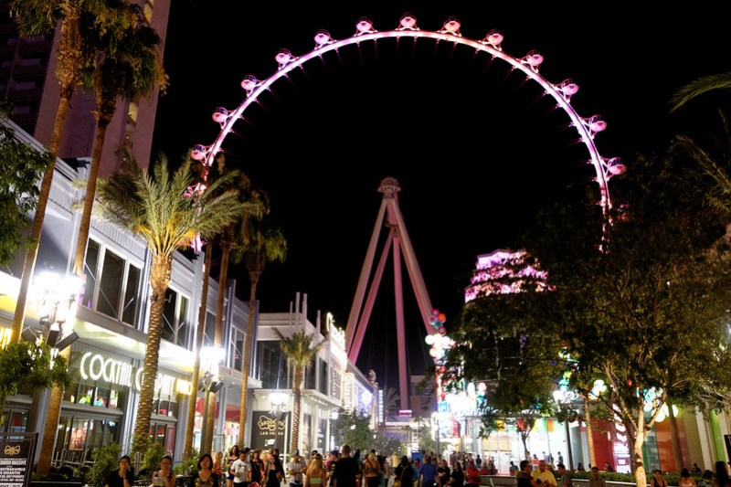 The High Roller at Night