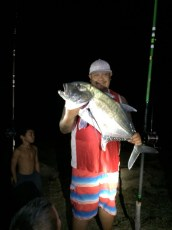 Here you go Gary. 9:00pm 20lbs Sewers Beach. Sambo Palakiko's first Ultra.