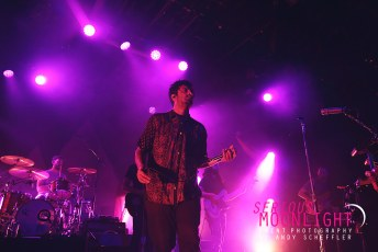 Young The Giant - Commodore - Oct 26 (48)