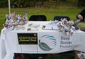 2015 09 Manitou Community Picnic Homegrown Brampton Booth-Duck feed & Buttons_300