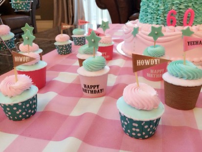 cowgirl theme cupcakes