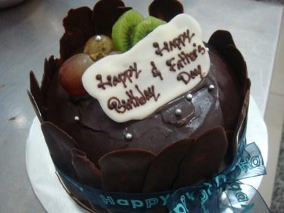 chocolate mud cake half kg