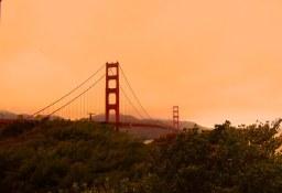 Pont du Golden Gate Visite en francais de la prison d'Alcatraz lors de la visite privée de San Francisco avec www.frenchescapade.com