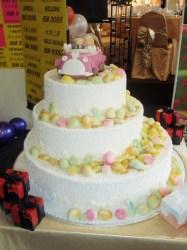 Just married fondant doll wedding cake