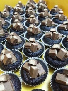 kit kat cupcake