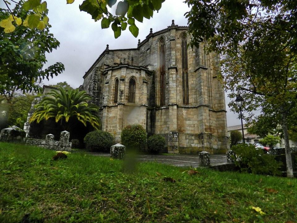 abside exterior Convento e Iglesia de Santo Domingo Ribadavia Orense 01