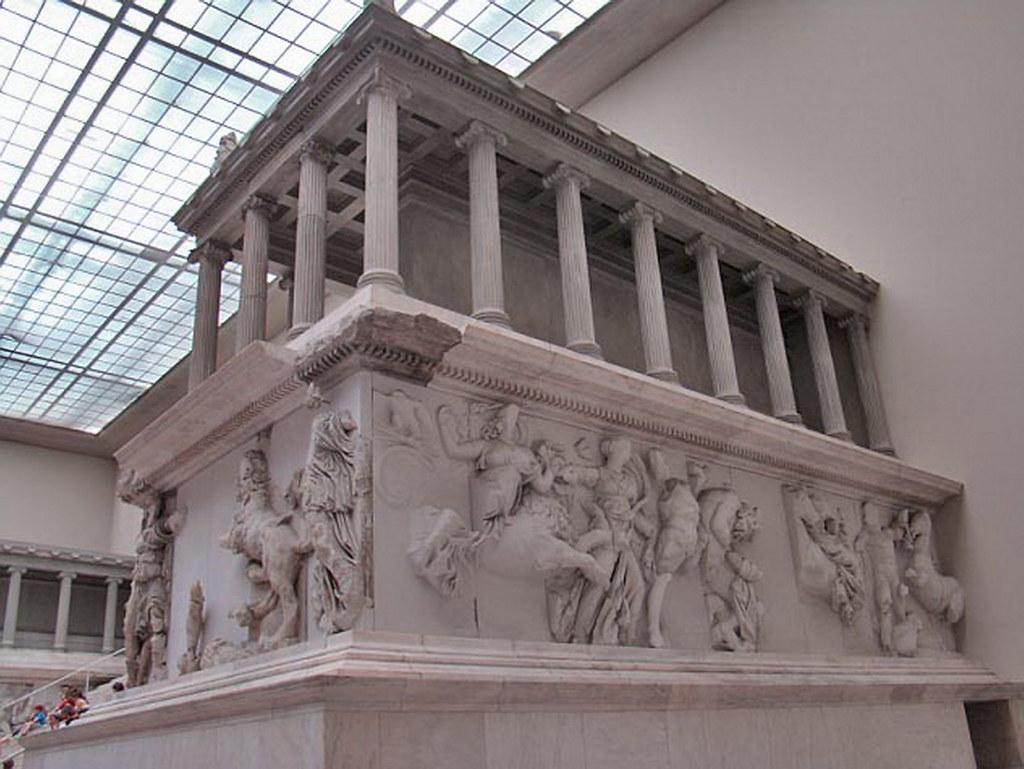 Altar de Zeus en Museo Pergamo Berlin Alemania 01