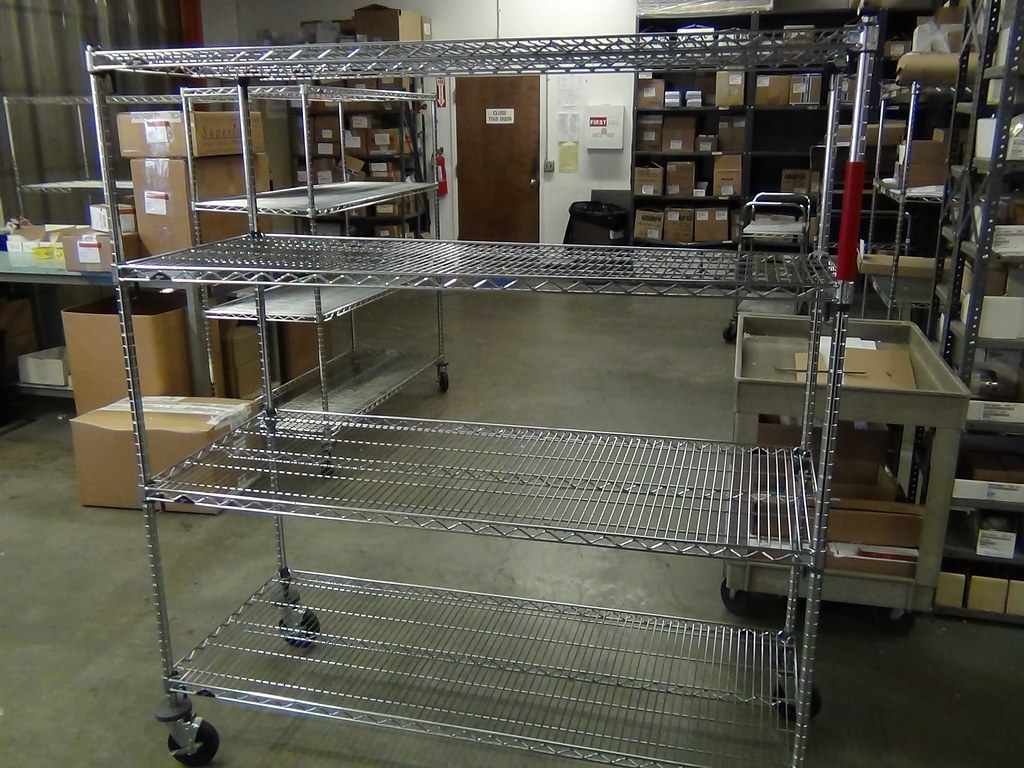 Metro Super Adjustable 2 Wire Shelving Unit 02 Here Is A