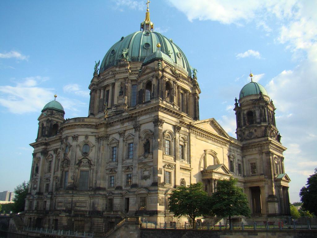exterior Catedral de Berlin Luterana Alemania 01