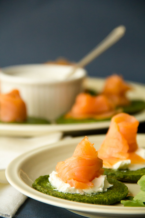 Spinach Blinis with Smoked Salmon – Μπλίνις με Σπανάκι και Καπνιστό Σολομό