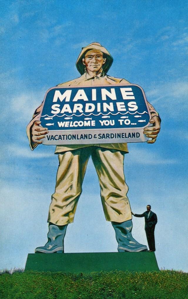 Giant Sardine Statue - Kittery, Maine