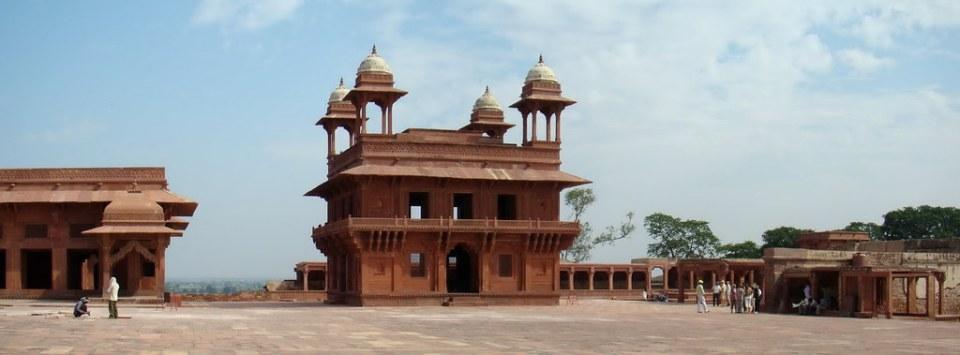 edificio pabellon del astrologo y Diwan-i-Khas Salón de audiencia privada Fatehpur Sikri India 55