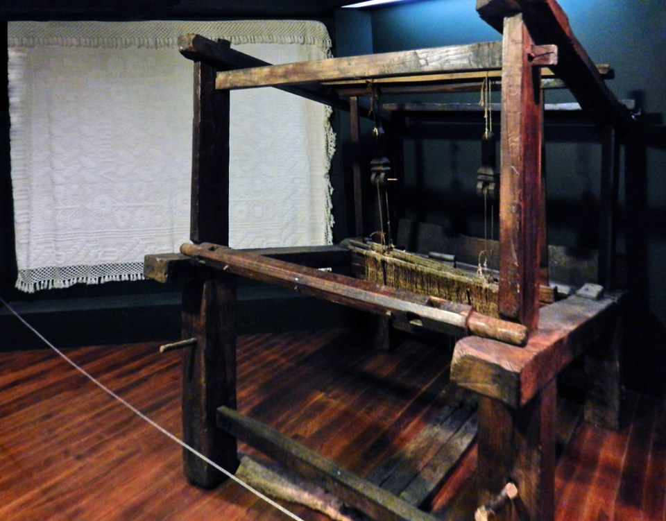 maquinaria artesanal textil del lino Museo Etnologico Ribadavia Orense 1630