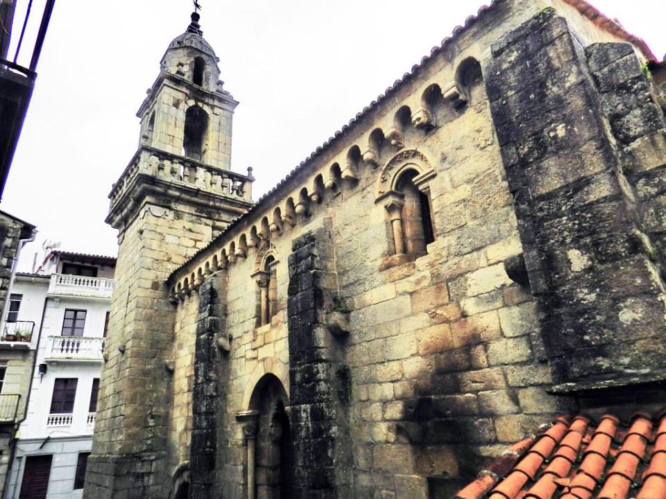 torre exterior Iglesia de Santiago Ribadavia Orense 03