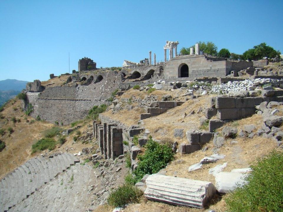 Turquia Acropolis Teatro de Pergamo y Templo de Trajano 34