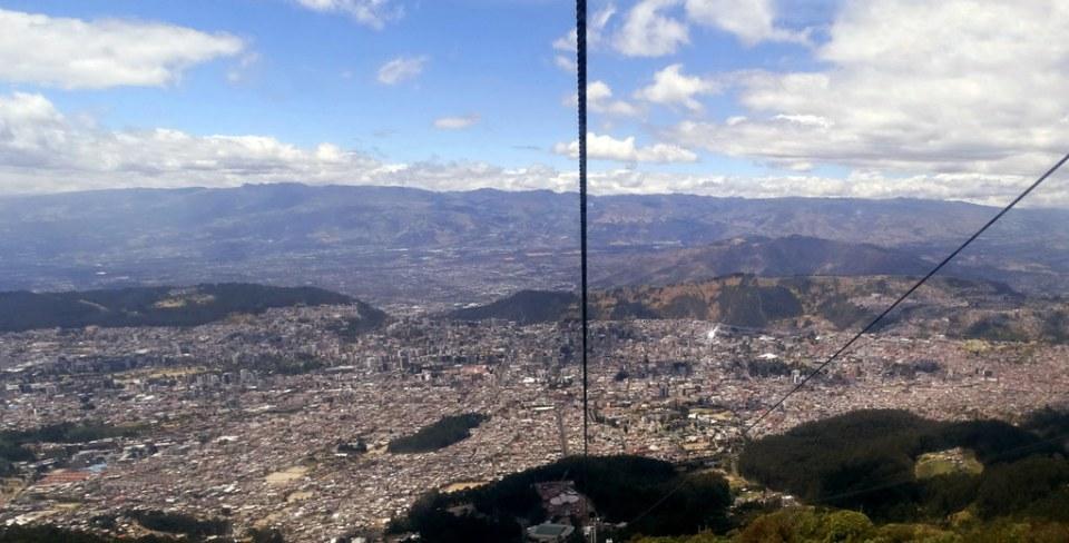 Ecuador vistas panoramicas de Quito desde Teleferico 03