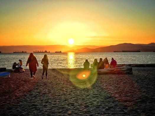 #sunset on #englishbay. #veryvancouver #photos604 #englishbaybeach #vancouver #vancouverbc