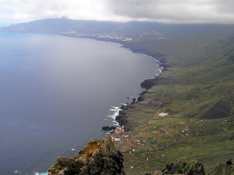 Mirador Los Bascos Bahia de la Hoya Pozo de la Salud Isla de El Hierro islas Canarias