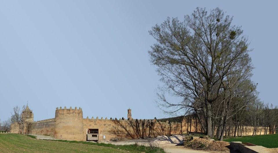muralla exterior Real Monasterio de Santa Maria de Veruela Zaragoza 01
