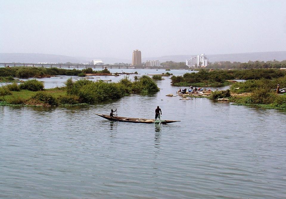 Rio Niger a su paso por Bamako Mali 03