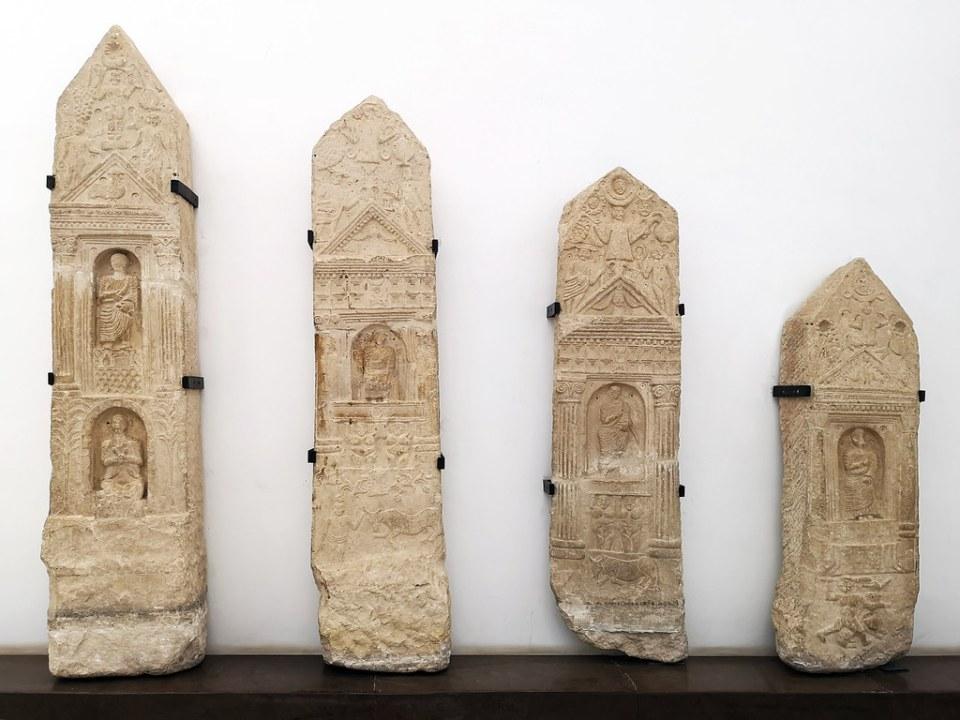 relieve escultura estela funeraria Museo Nacional del Bardo Tunez 06