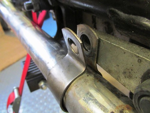 Left Header Pipe Bracket Detail
